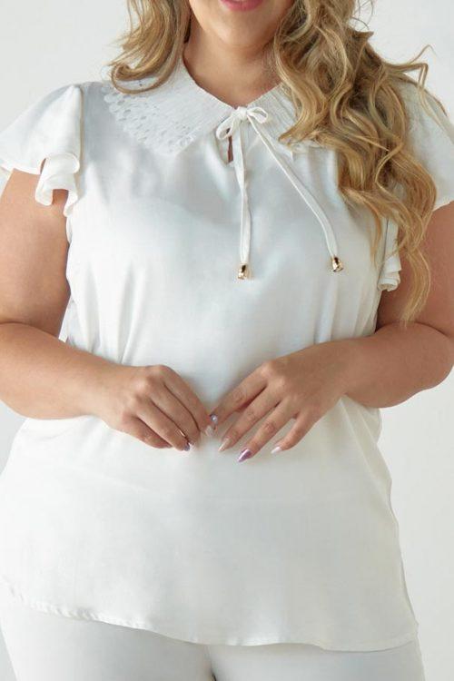 Blusa Talla Plus con Letín Plisado en Cuello